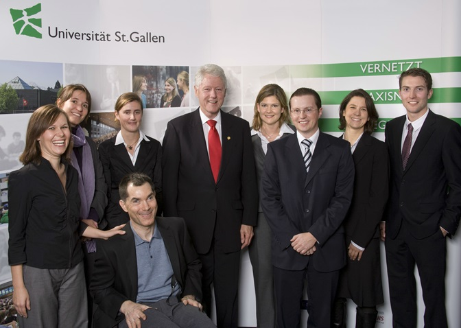 CDI Team Picture with Bill Clinton